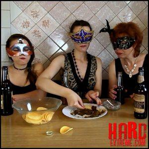 ModelNatalya94 – The morning Breakfast the four girls – Full HD-1080p, lesbian scat domination, shitting, scatology (Release July 03, 2018)