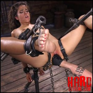 Kink – Seductive Slut Victoria Voxxx Needs It All – HD-720p, Corporal Punishment, Fingering, Metal Bondage (Release August 24, 2018)