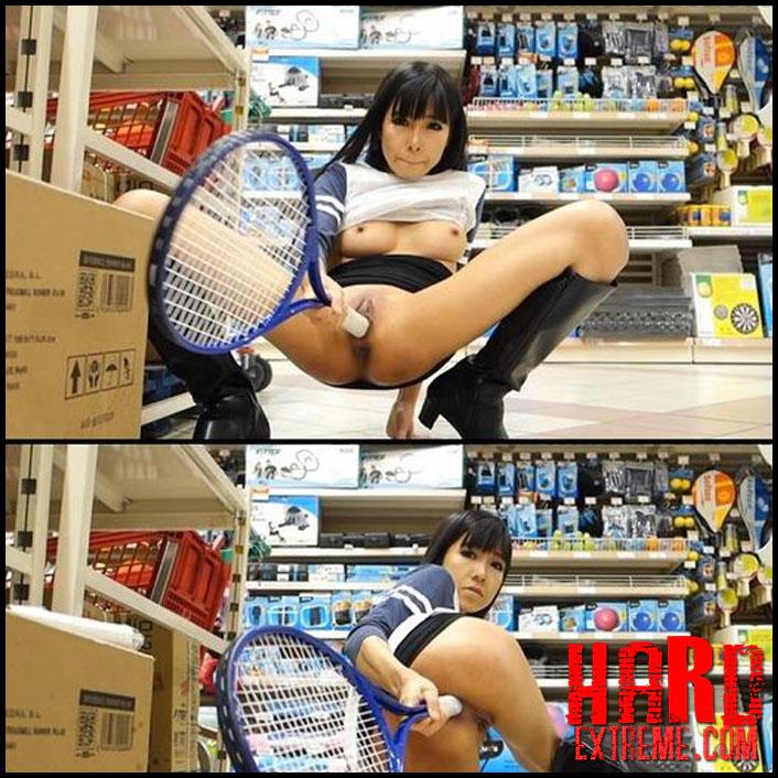 Littlesubgirl - Fuck Tennis Rackets & Ping-Pong Paddles - Full HD-1080p, Squirt, Anal Masturbation, Anal Play, High Heels (Release August 18, 2018)