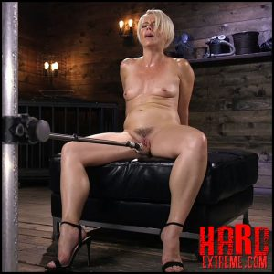 FuckingMachines – Sexy Blonde Cougar Gets Machine Fucked – HD-720p, Vaginal Penetration, Machine Dildo (Release August 16, 2018)