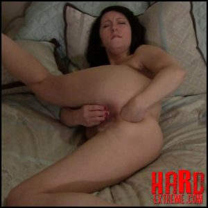 Molly Hendricks – self fisting anal and vaginal in different poses – Full HD-1080p, gaping anal, gaping asshole, pussy fisting (Release September 04, 2018)