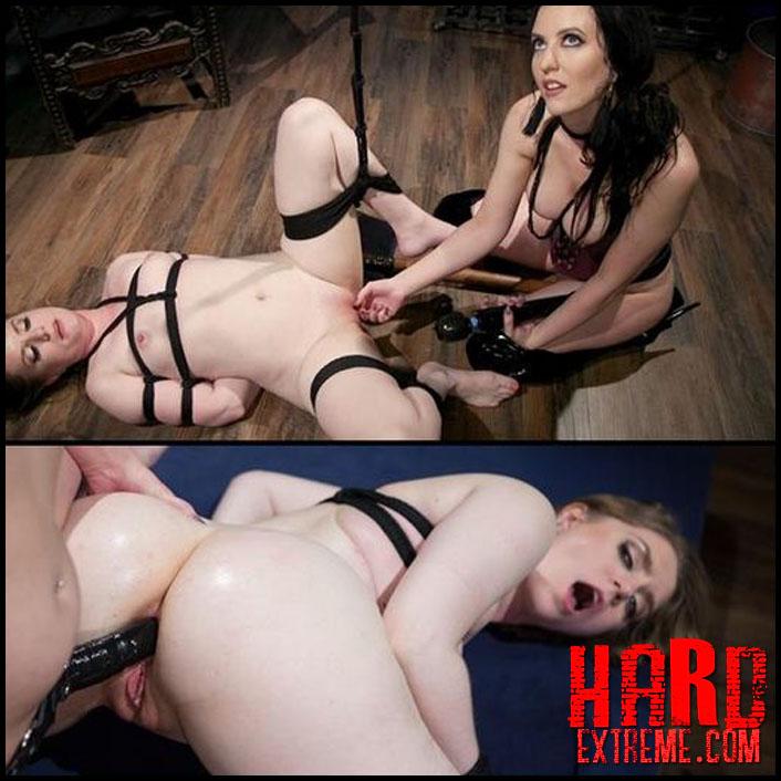 Lesbian Nipple Suck Webcam