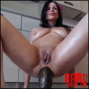 Penetration double huge dildos and squirt amazing – NaughtyElle – Large Toys