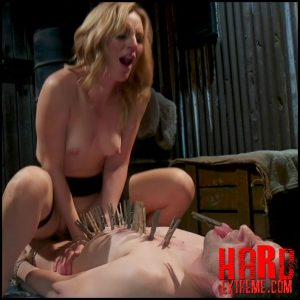 Mona Wales milks her daddy's new associate for assets – Kink – Pegging