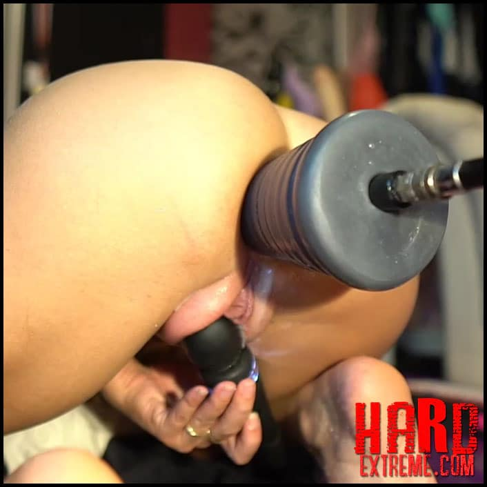 Siswet19 - New Fisting Show with Fucking Machine ana Pumping Pussy